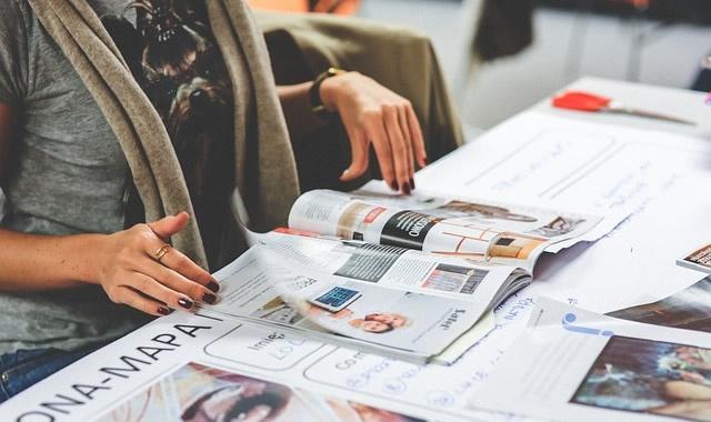 雑誌を立ち読み